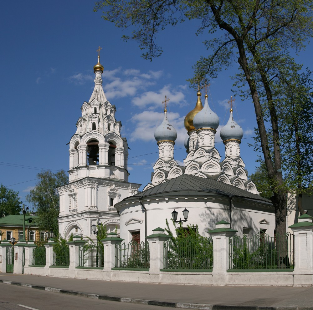 The Church of St. Nicholas the Wonderworker in Pyzhy. 1672.