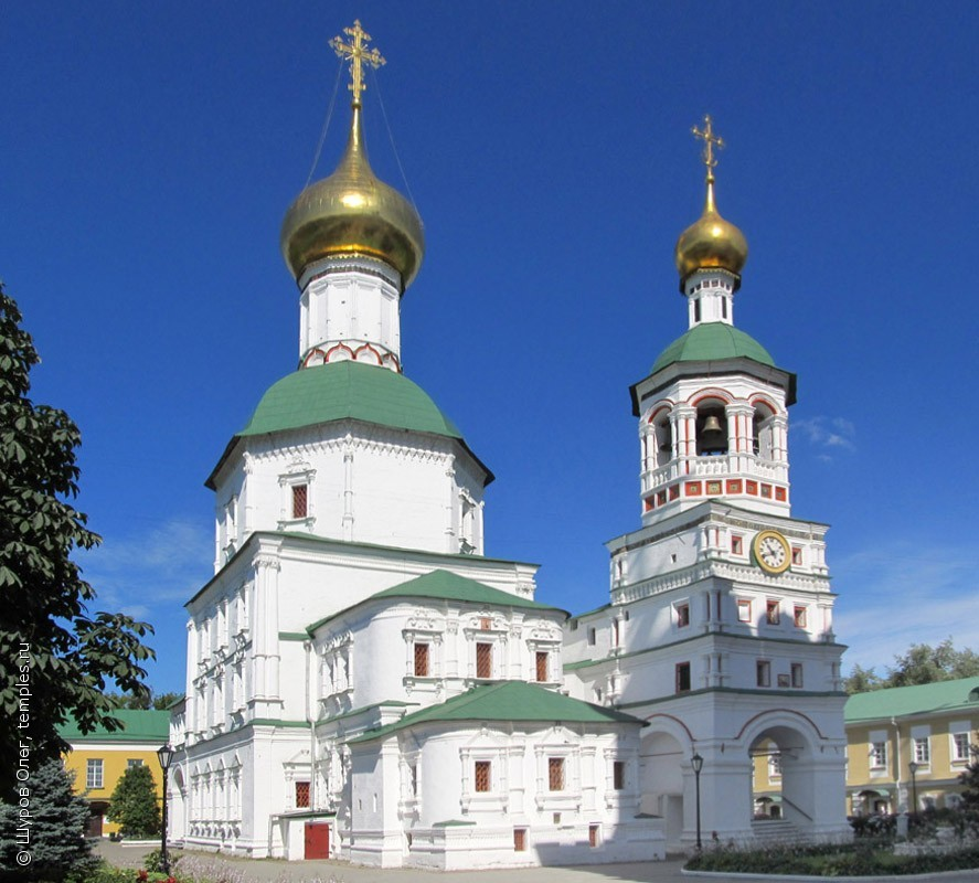 Church of St. Nicholas the Wonderworker in the St. Nicholas Perervinsky Monastery. 1696 – 7.