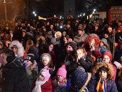 1,000+ children receive Christmas gifts from Romanian Diocese of Huși