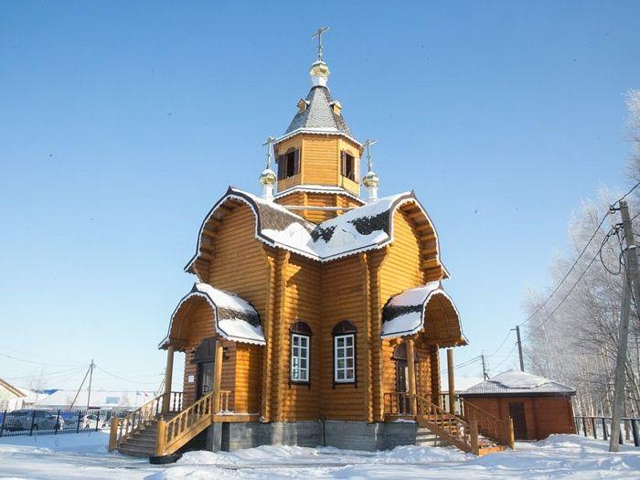 Новый храм преподобного Евфимия Великого освящен в 2014 году митрополитом Ханты-Мансийским и Сургутским Павлом