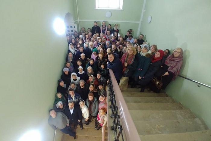 Успешно окончили курс 102 человека, которые будут распределяться в медицинские учреждения Москвы в качестве волонтеров
