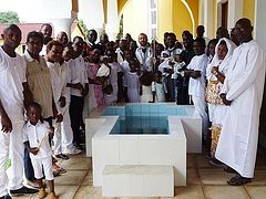 Two Mass Baptisms in Congo bring 117 souls into the Church