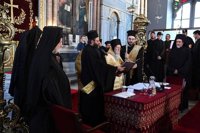 The adoption by the Synod of the Patriarchate of Constantinople of the decision to remove the sanctions and the recognition of the UOC-KP and the UAOC.