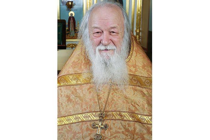 На отце Валериане – крест отца Николая Гурьянова