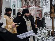 В столетие кончины архиепископа Никона (Рождественского) братия Лавры отслужила панихиду на его могиле