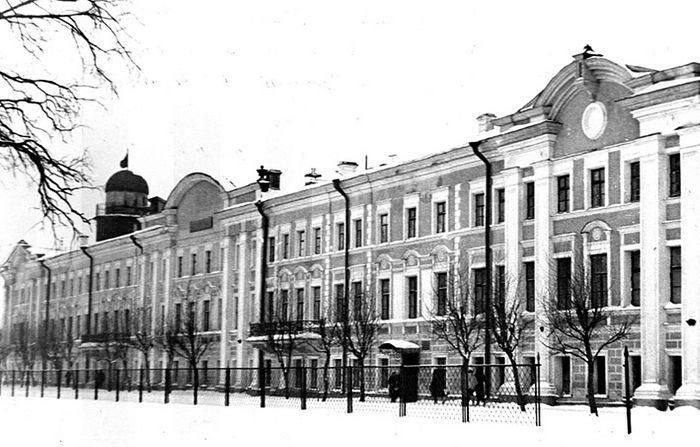 Ярославский медицинский институт