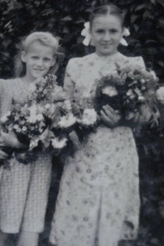 На свадьбе брата Алексея, последнее фото перед отъездом в Киев