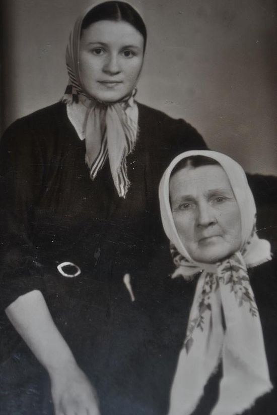 With her mother in Kiev during the Khrushchev persecutions, 1965