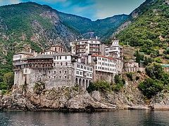 Mt. Athos divided over Ukraine issue, source says