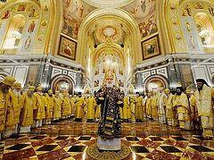 В 10-ю годовщину интронизации Патриарха Кирилла в Храме Христа Спасителя совершена Литургия с участием Предстоятелей и представителей Поместных Церквей