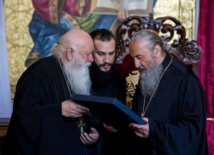 Fr. Alexios and His Beatitude Metropolitan Onuphry of Kiev and All Ukraine in Kiev, 2017. Photo: spzh.news