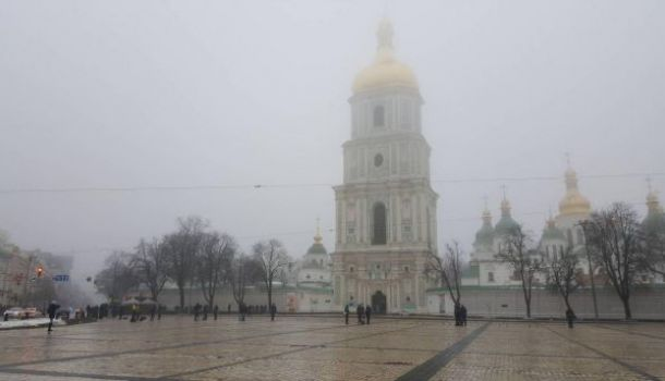 The empty square outside St. Sophia's Cathedral during the enthronement. Photo: rusnext.ru