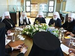 Controversy surrounds first Synod meeting of Ukrainian nationalist church