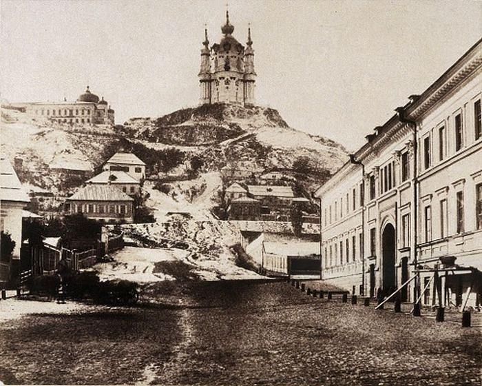 Андреевская церковь в Киеве, 1852. Фото: Роджер Фентон
