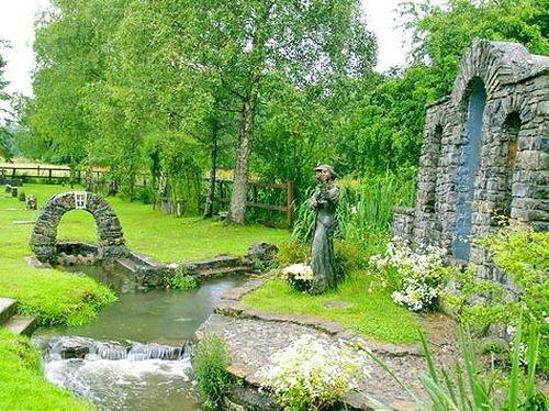 St. Brigid's well in Kildare (source Pinterest.ru)