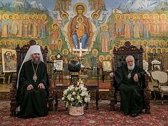 Canonical Ukrainian Church delegation meets with Patriarch Ilia of Georgia (+ VIDEO)