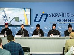 В Украинской Православной Церкви опровергли информацию о «лавине переходов» ее приходов к раскольникам