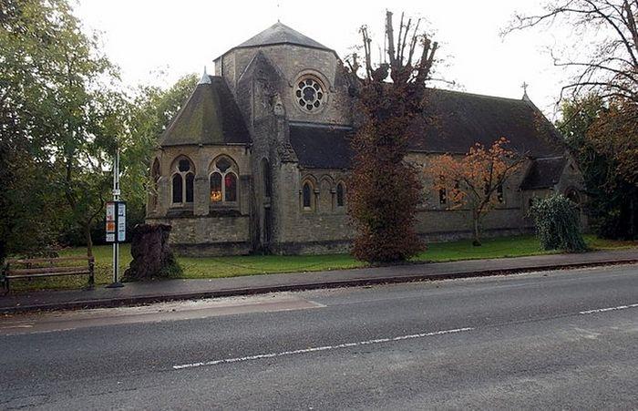 Церковь Прп. Фридесвиды в Оксфорде, Оксфордшир