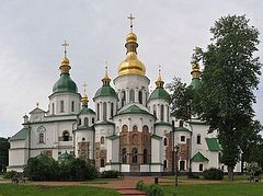 Ukrainian Ministry of Culture gives permission for Uniates to serve in ancient Orthodox church, Philaret Denisenko worries the Kremlin will stage provocations