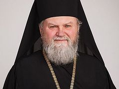 Archbishop Michael of Prague bans his clergy from serving with Ukrainian schismatics