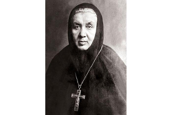 Настоятельница Серафимо-Дивеевского монастыря игумения Александра