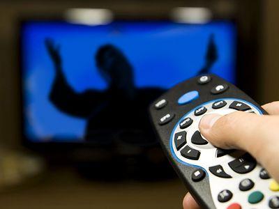 Новый гость в чьем-то доме,<br> или Священник в телевизоре
