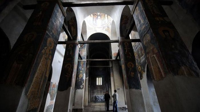 Унутрашњост Богородице Љевишке. Фото: И. Маринковић