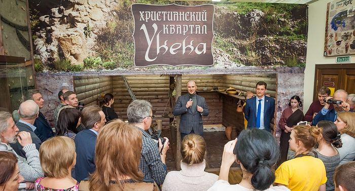Уникальному христианскому кварталу золотоордынского Укека посвятили выставку в Саратове
