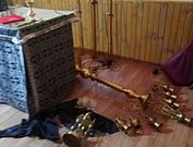 В Киеве неизвестные осквернили и ограбили храм Украинской Православной Церкви
