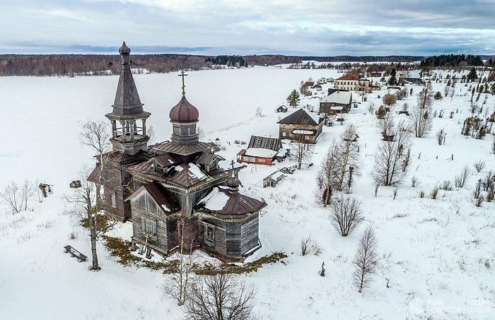 Церковь Иоанна Предтечи в деревне Леликово в Медвежьегорском районе
