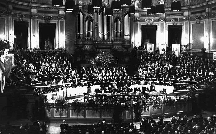 Учредительная генеральная ассамблея ВСЦ, 1948 год