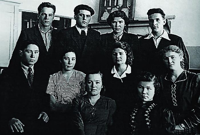 Алексей (имя до пострига) Ноздрин в Серпуховском техникуме перед распределением в Камышин