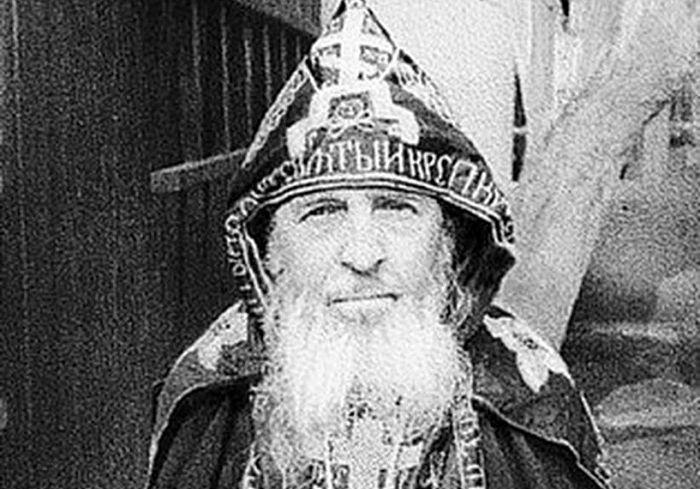 ОТКРИВАЈ СВОЈЕ СРЦЕ ПРЕД БОГОМ… Схиархимандрит Андроник (Лукаш)