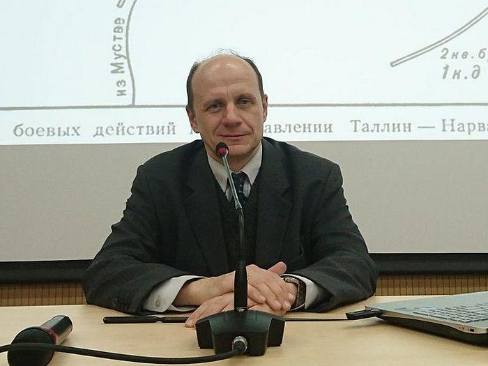 Доктор исторических наук, профессор МПГУ Василий Жанович Цветков