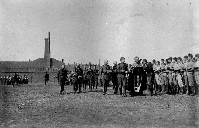 Донская армия, 1918 год. Молебен Атаманского полка