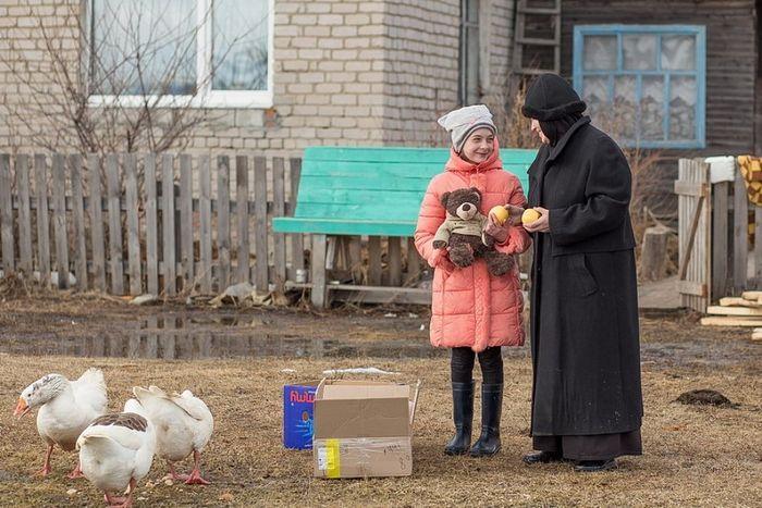 Сёстры Ново-Тихвинского монастыря запустили акцию помощи детям из таёжных сёл