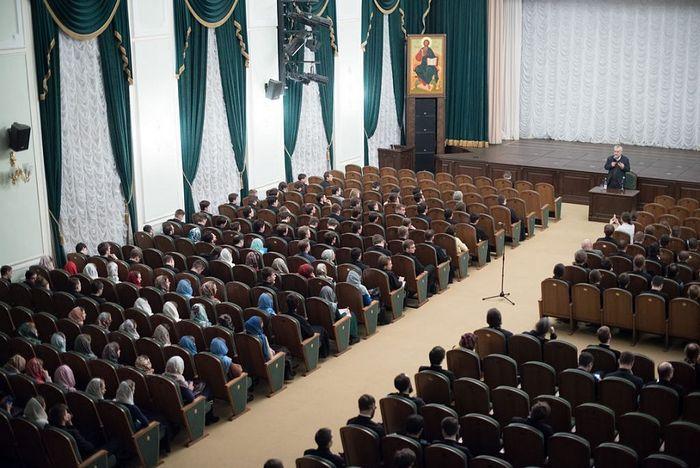 Московская духовная академия приглашает абитуриентов на день открытых дверей