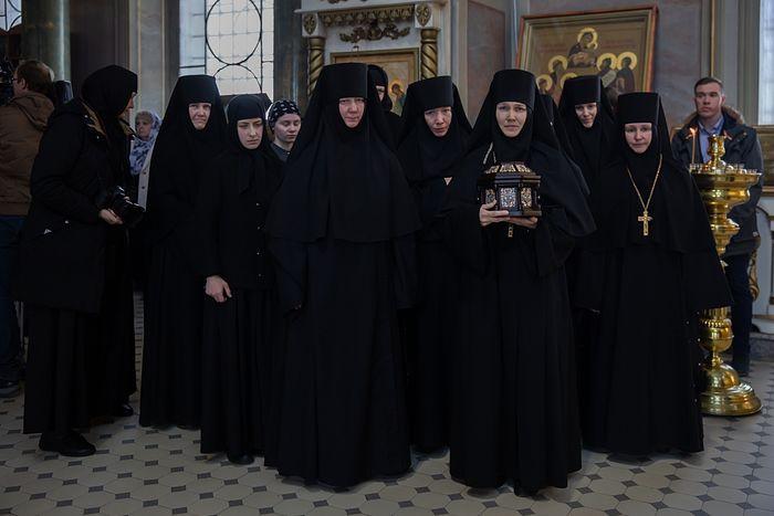 Никольскому Шостьенскому монастырю передан ковчег с частицей Пояса Пресвятой Богородицы
