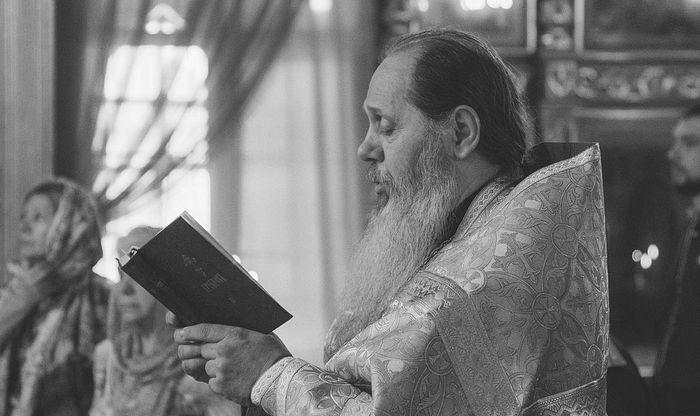 Патриарх Кирилл утвердил решения об извержении из сана протоиереев Владимира и Анастасия Головиных