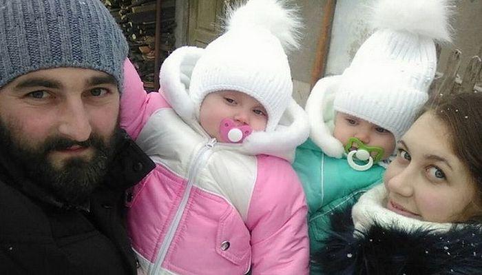 Священник Николай Слива с семьей