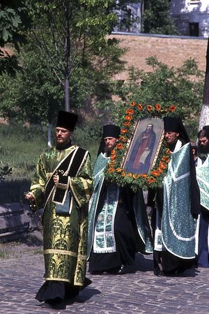 Archdeacon Stephen during the cross procession in the Lavra on the feast of St. Theodosius of the Kiev Caves. 1998.