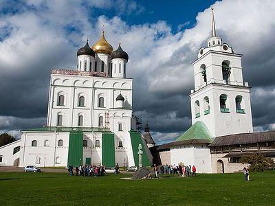 Паломническая служба создана при псковском кафедральном соборе