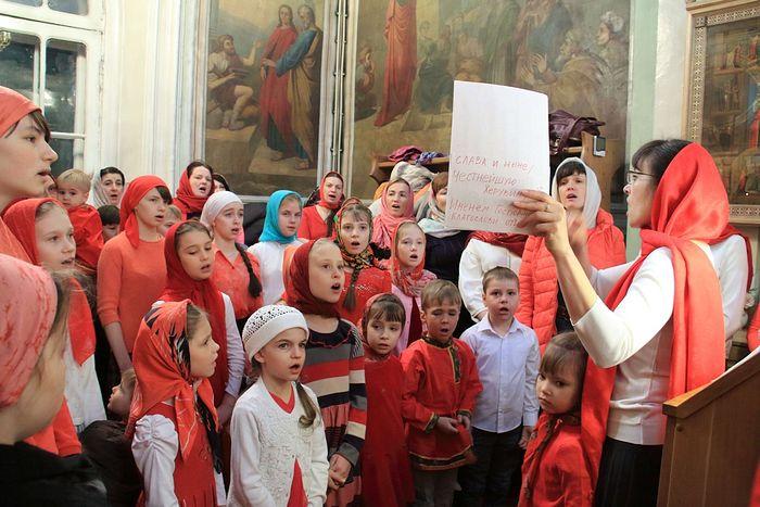 Детская Пасхальная литургия