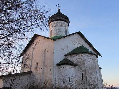В Псковской епархии начинает свою работу волонтерский проект «Наши древние храмы»