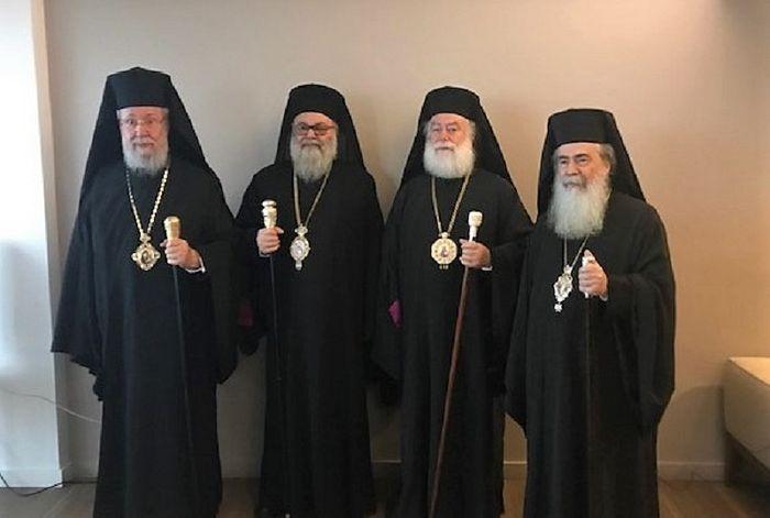 Предстоятели четырех древнейших Православных Церквей призвали к защите храмов Украинской Православной Церкви от захватов