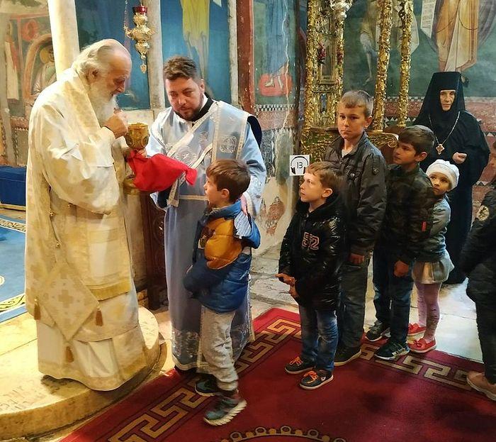 Причастие в Печской патриархии
