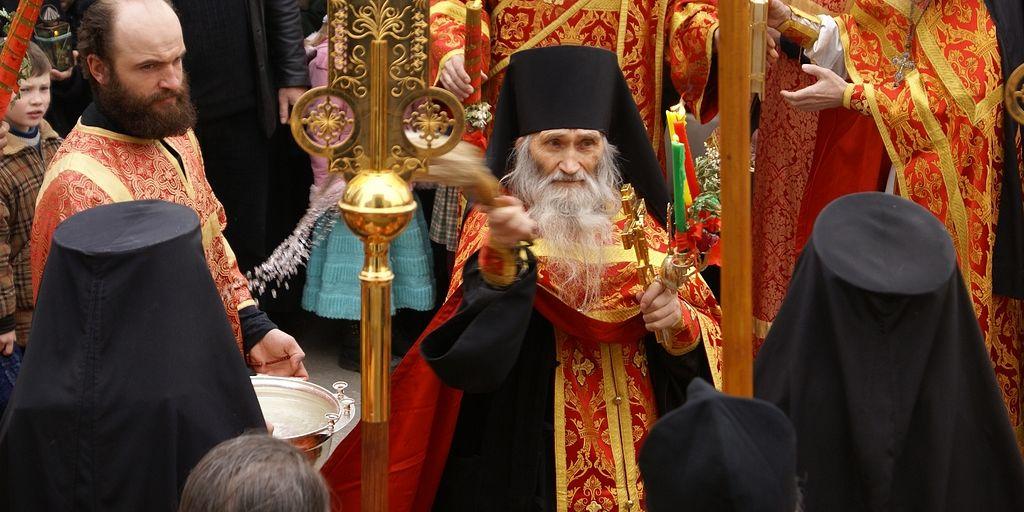 Пастыри о Празднике праздников. Пасха – праздник прощения наших грехов / Православие.Ru