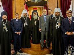 Иерусалимский Патриарх принял делегацию Украинской Православной Церкви