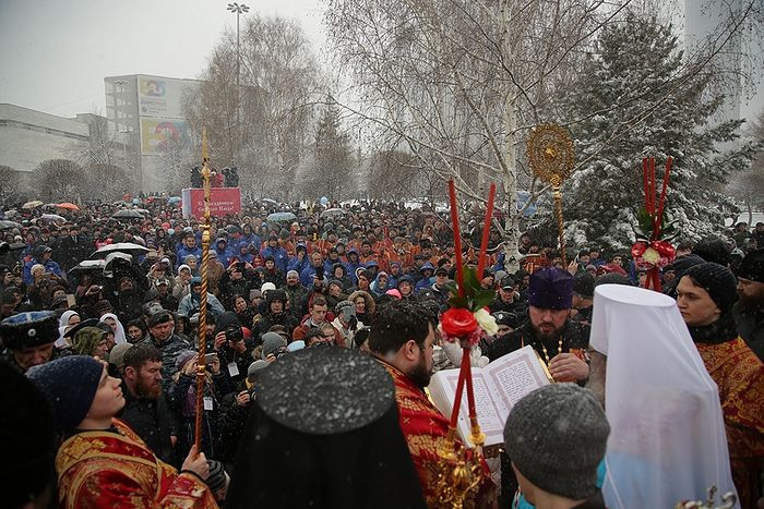 В Екатеринбурге освятили место строительства собора святой великомученицы Екатерины