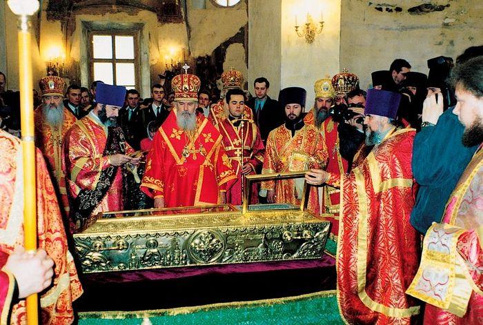 Служба в день канонизации блаженной Матроны. 2 мая 1999г.